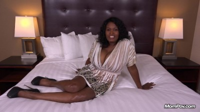 Ebony Milf in her first HD Fuck