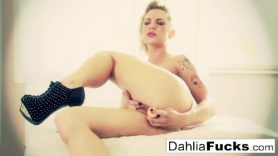 Dahlia Dildos her Tight Wet Pussy