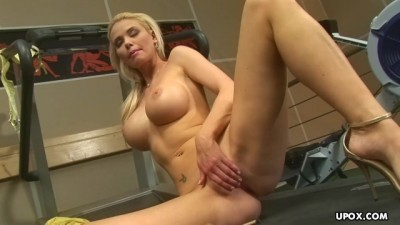 Big Tits Blonde, Caylian Curtis is doing only Pussy Workout Blonde